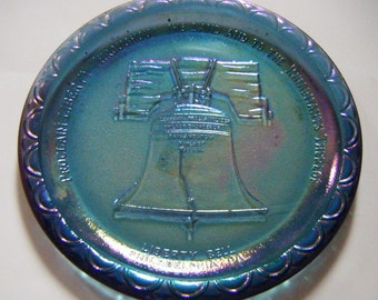 Rare Opalescent Blue Carnival Glass Liberty Bell Philadelphia Pennsylvania Plate