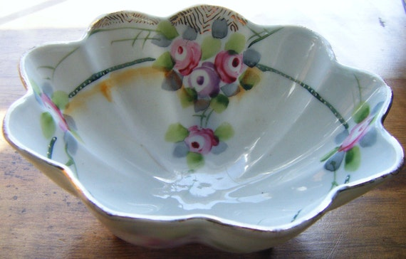 Antique Early 1900's Nippon Porcelain Scalloped Footed Bowl Accented in Gold Floral Design
