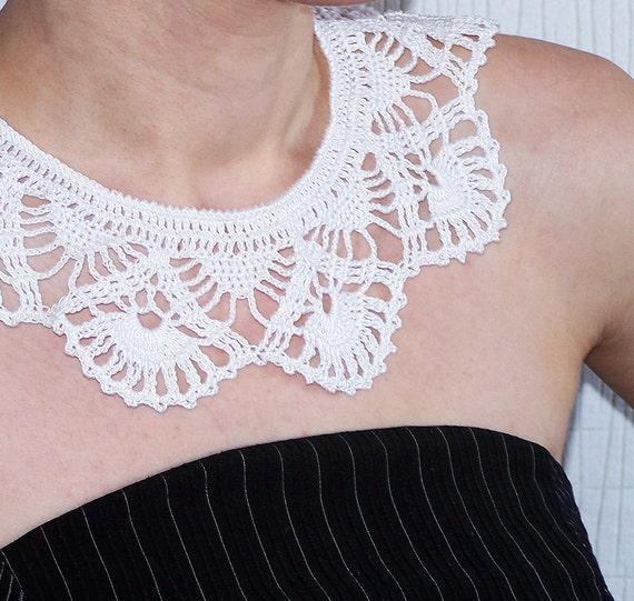White crocheted Collar Necklace Fashion accessory Lace collar, bridesmaid