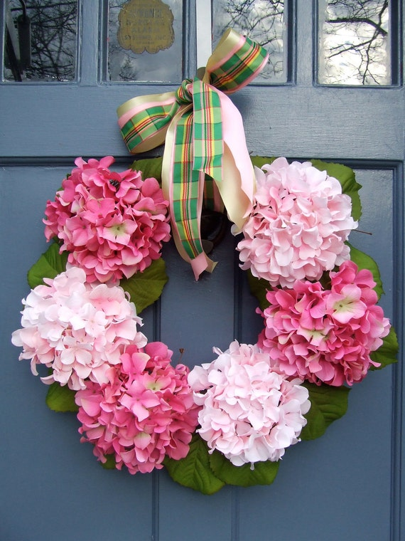 Shades of Pink Spring Wreath