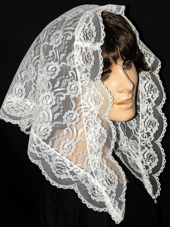 Vintage White Lace Mantilla Bridal Scarf - Traditional Smaller Chapel Mass Veil Scarf - NIB