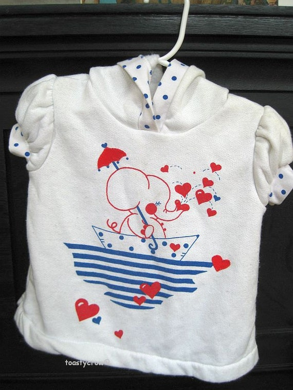 Vintage Carter's Baby Short Sleeved Hoodie with Elephant 18-24 mos
