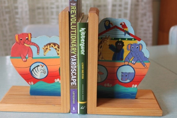 Handpainted set of Noah's Ark Bookends Pair of Children's Book ends Animals Biblical hand Painted