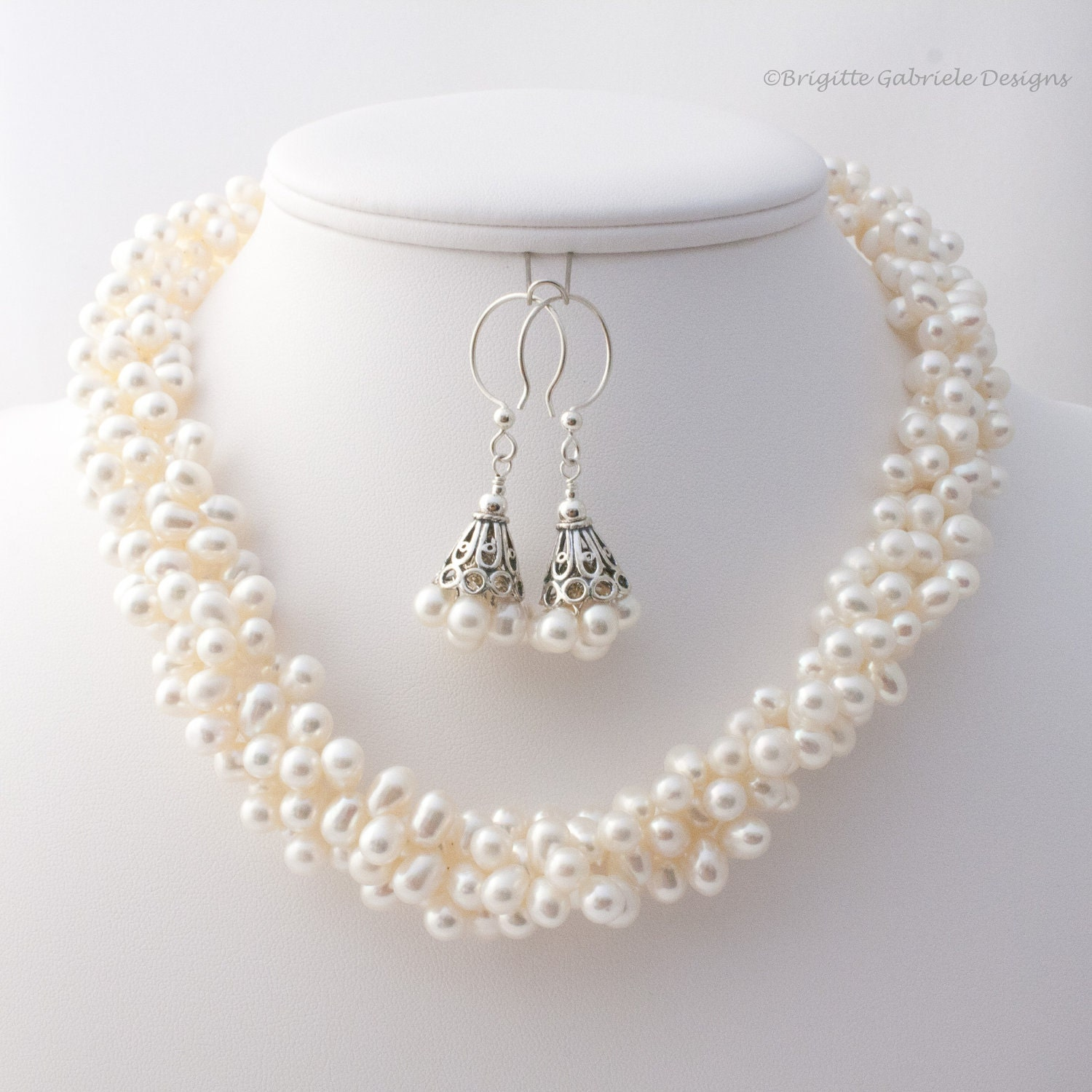 Triple Strand Offwhite Pearl Necklace, Adjustable Length Pearl Necklace