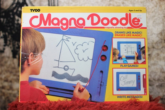 Vintage Magna Doodle - Magnetic Drawing Toy (1989)