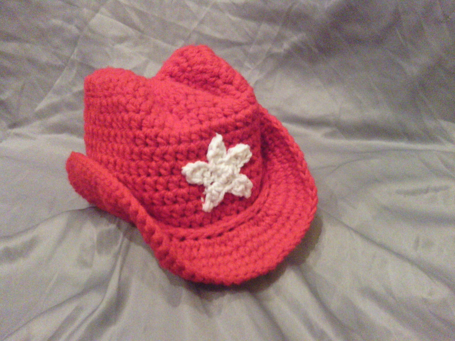 Crochet Cowboy Hat Pattern For Toddler : Crochet Cowboy Toddler Hat with a Star