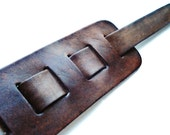 Customizable Adjustable Leather Guitar Strap - Third Anniversary Gift - Valentine's Day Present - Gift For Guitarist - Gift Wrapped