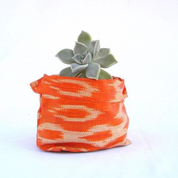 BANSOT - ikat fabric bowl in orange