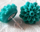 Mint Green Flower Earrings