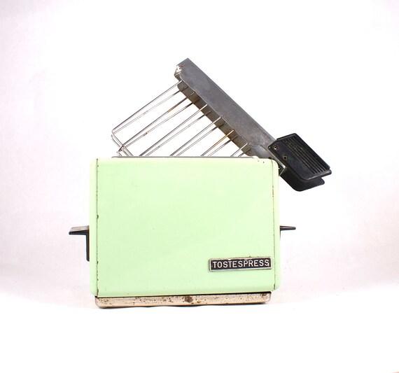 Vintage mint toaster