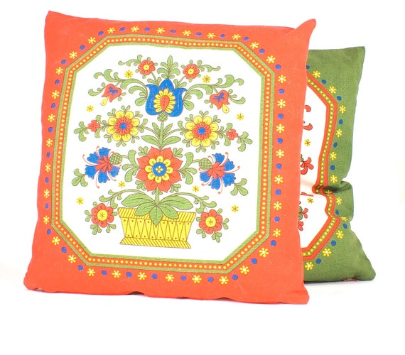 Vintage pillow covers red and green floral theme