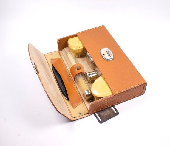 Vintage travel kit for him. Necessaire for man.