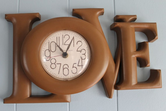 """Reserved for Jude On Sale Mod 70's """"Love"""" Wall Clock"""