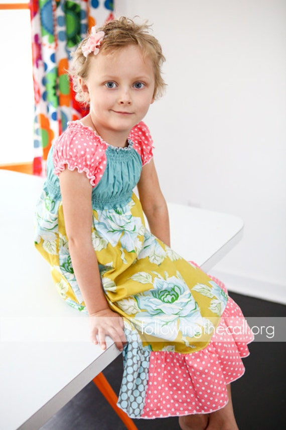 Lola Play Dress / Peasant dress in Meadow