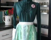 Vintage apron with mint green pattern