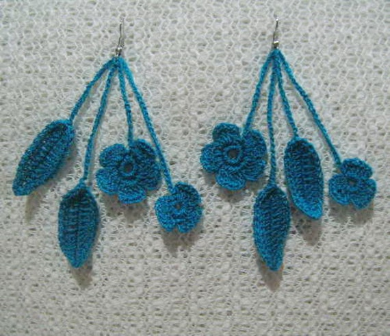 Crochet earrings /  Blue earrings