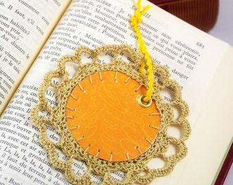 Yellow Gold Bookmark crochet lace cardboard book label Flower shape ribbon