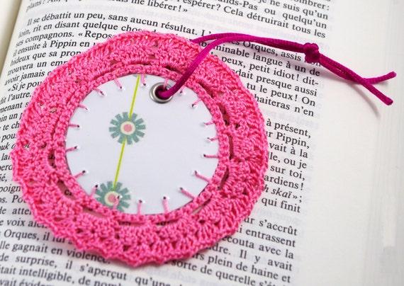 Pink Bookmark lace Bookmark Round bookmark Crochet bookmark Round paper Bookmark for books lover