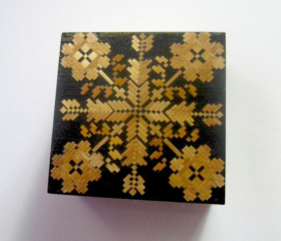 Vintage Keepsake Trinket Box Black Gold Design