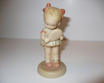I Must Be Somebody's Darling, Memories of Yesterday Figurine (Retired)