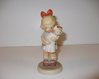 We Belong Together, A Memories of Yesterday Figurine (No S0001) (Retired)