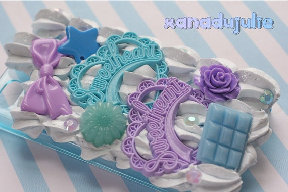 CLEARANCE READY2SHIP - Blue & Purple Sweetheart Case for iPhone 4/4s