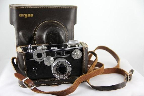 Vintage Argus Coated Cintar Rangefinder 35mm Camera