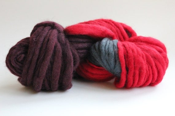 Red / Dark Gray  Hand Spun Hand Dyed  Thick-n-Thin   Super Chunky  Wool Yarn