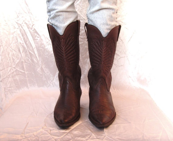 All Boots 25.99 dollars''''''' Vintage Leather Stitched Cowgirl Cowboy Brown Boots Wooden Heels Size US 7.5 EU 38