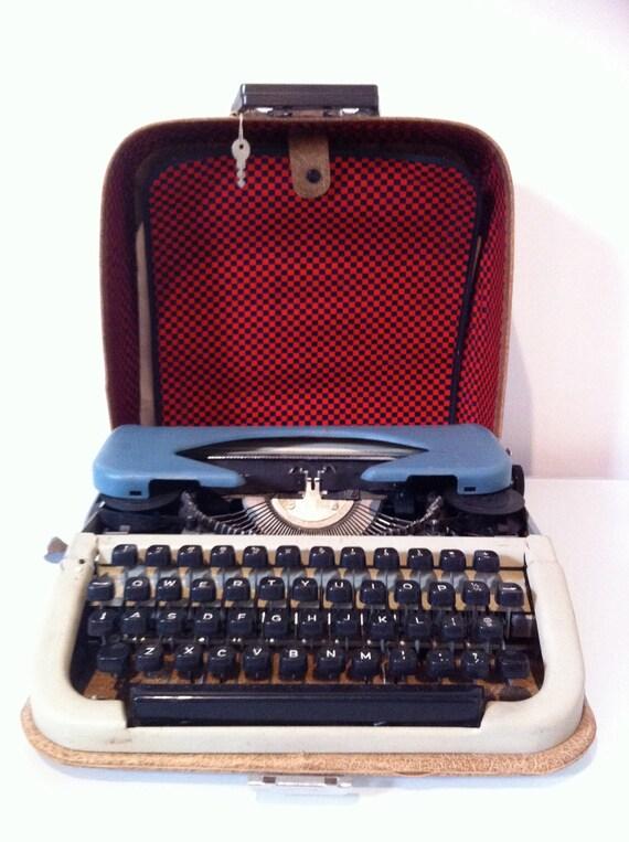 Mid Century Martisa 11 Bulgarian Typerwriter