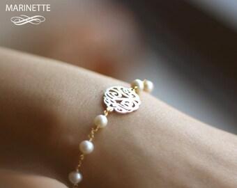 Gold pearl monogram bracelet - Personalized Monogram bracelet -
