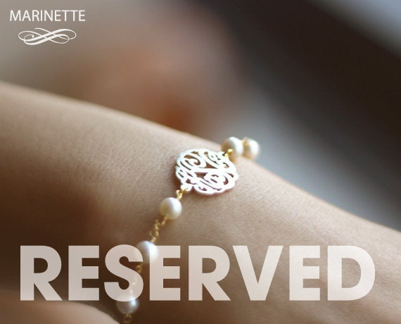 Reserved for LOUOTTO - 2 Pearl bracelets with personalized monogram - freshwater pearls - 18K plated sterling silver -