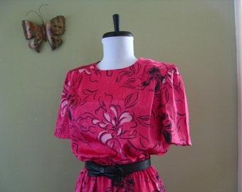 80s Hot Pink Dress.  Vintage Dress.  Floral. Valentine's Day.