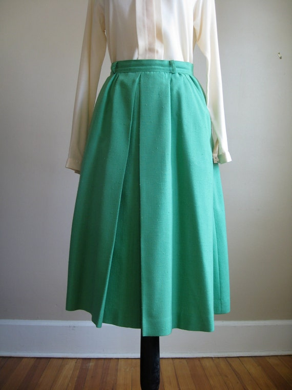 Vintage Kelly Green Skirt /  By Cottage Tailor