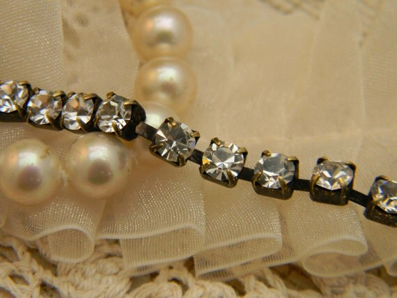 VINTAGE Patina 2 Yard of 3 mm RHINESTONE Chain So SPARKLY with Free Us Shipping