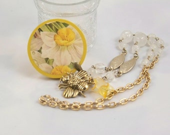 Treasury Item.  First Signs of Spring Necklace