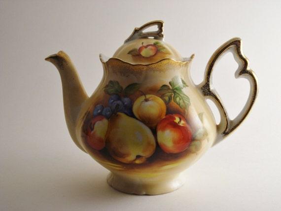 Vintage Teapot / Handpainted Teapot / Fruit Motif Teapot
