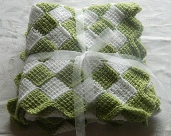 Cuddly Crocheted Baby Blanket