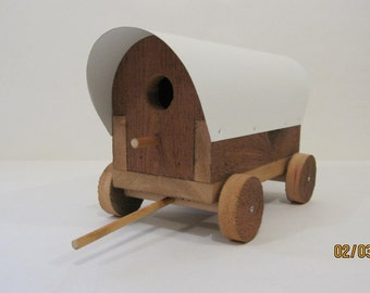 Covered Wagon Bird house