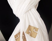 Elibelindeart/Handmade white cotton scarf for spring days, embriodered elibelinde goddess figures with shiny thread.