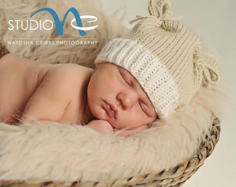 Newborn Photo Prop... Newborn Baby Bear Hat....Baby Bear Tan and Cream Knit Hat... Newborn Baby Girl Hand Knit Hat... Newborn Boy Knit Hat