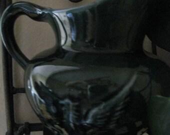 Hull USA F91 Emerald green Pitcher .... creamer ... pottery...
