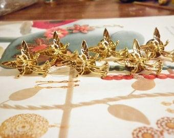 6 Vintage Goldplated Angel Pins