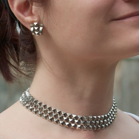 Vintage Diamond Cut Silver Tone Choker and Earring Set