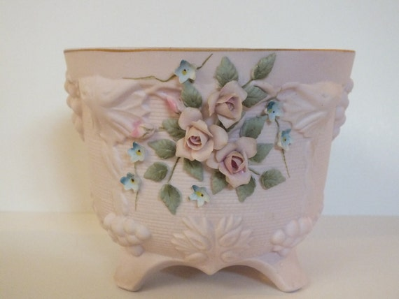 Shabby Chic Lefton 1950s Pink Roses footed vase Vintage