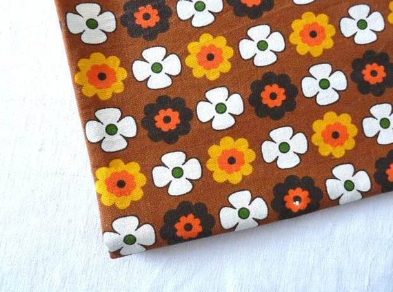 "Vintage French RETRO FABRIC Pop flowers on a Brown background, cotton.ROMANEX 98cm x 1.25cm or 39 "" x 49 """