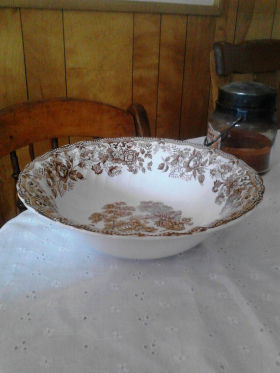 "Tonquin by Franciscan Brown 9"" Vegetable Bowl"
