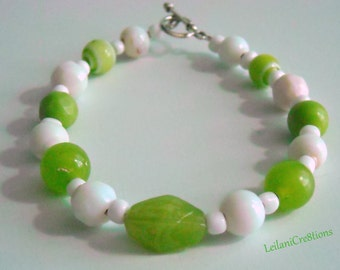Lime Green & White Glass Bead Bracelet