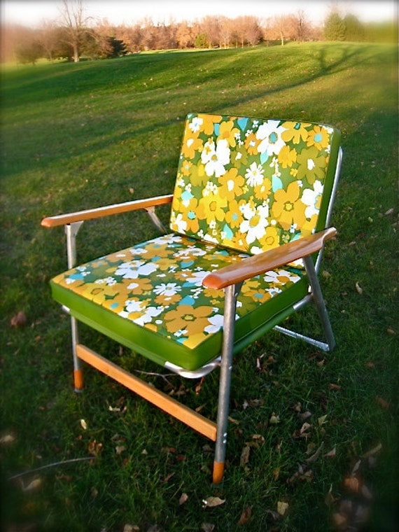 VINTAGE Lawn Chair Folding Chair Portable Beach Chair