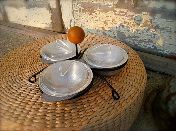 Condiment Serving Dishes, Bowls, Caddy, Set, Retro Aluminum Condiment Dishes with Glass Lids